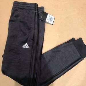 Adidas boys size 7 joggers new with tag